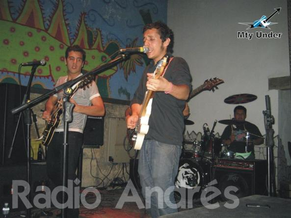 Radio Andrés (Large)